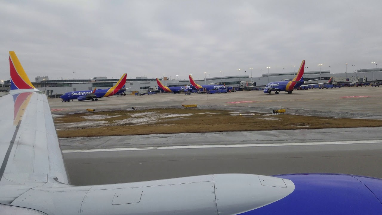 Southwest Airlines 737 Max 8 Takeoff MDW-CLT