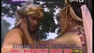 Penty Nur Afiani & Reiner G manopo - Tak Perduli stf Patung ular