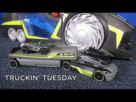 Truckin' Tuesday! Hot Wheels Truckin' Transporter Combat Hauler Racing Drones RD-05