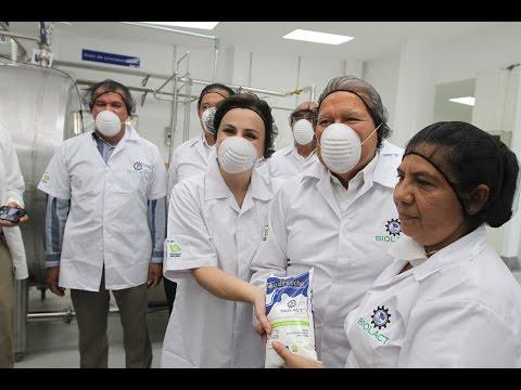 Presidente de la República inaugura planta pasteurizadora de leche administrada por mujeres