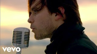Смотреть клип Thirty Seconds To Mars - A Beautiful Lie