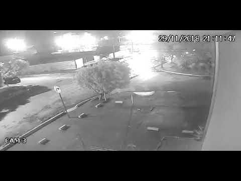 Motociclista morre em tiroteio durante roubo a carro