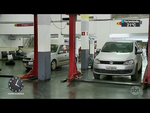 Mecânico é acusado de quebrar peça de carro para encarecer conserto | SBT Notícias (17/03/18)