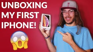 Android User Unboxes First iPhone! | iPhone Xs Unboxing