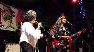 Wanda Jackson and Rosie Flores... Rockin Little Angel 2009