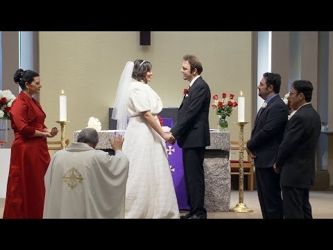 marriage-vows-and-wedding-ring-exchange-at-st.-peters-church-woodbridge