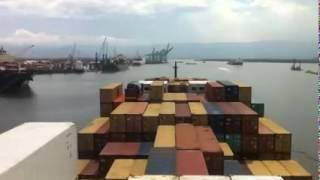 Atracando navio em Santos
