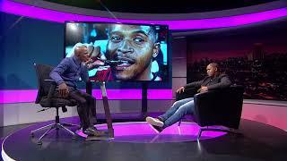 Thomas Mlambo chats to footballer Thandani Ntshumayelo