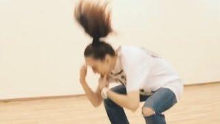 Красивая тренировка девушки танцы Смотреть видео девушка танцует