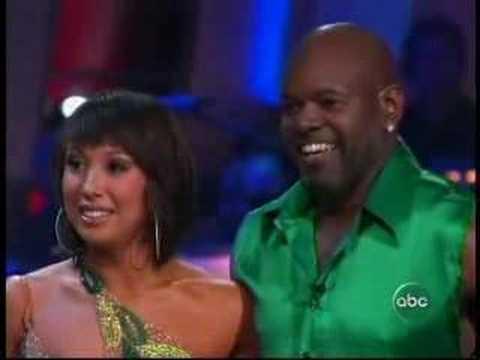 Emmitt Smith & Cheryl Burke - Samba - Finale - Season 3