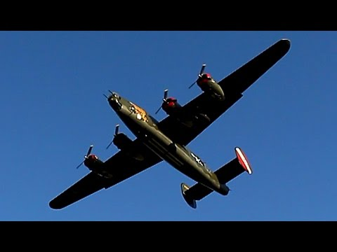 {TrueSound}™ Consolidated B-24 Liberator Roaring Overhead Takeoff from Pompano