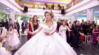رقص خاصة للعروس | مع اصدقاء - تقدمها للعريس في عرسها - اعراس اكراد سوريا | ادهم و كلستان !