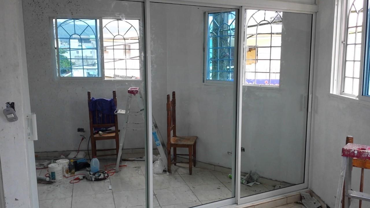 Legacy puertas ventanas y m s closet en aluminio y for Espejos para pegar en puertas