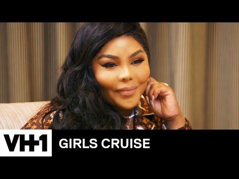 Chef Tobias Is Sweet on Lil&39; Kim 'Sneak Peek'  Girls Cruise