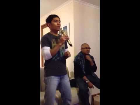Canberra Karaoke - Singing Tommy