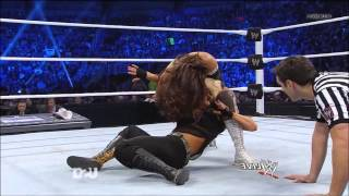 Eve Torres vs Kaitlyn 12/18/2012