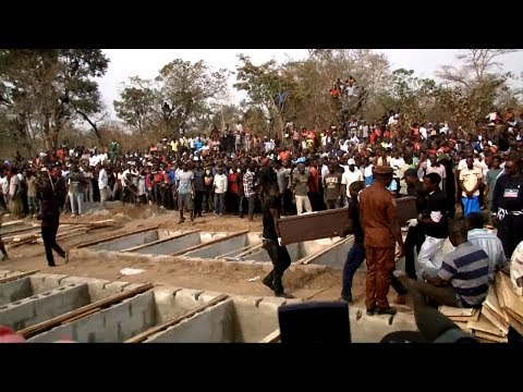Tears, Anguish As Benue Govt. Conducts Mass Burial