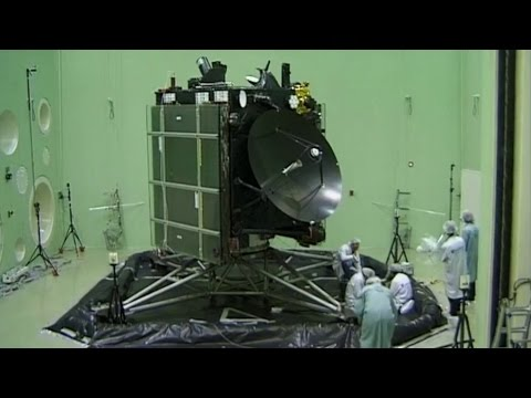 Rosetta Spacecraft at ESA's ESTEC Test Centre