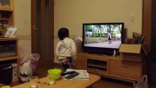 0655新曲「なんとなくちょっとハッピーステップ」を踊る4歳の息子他
