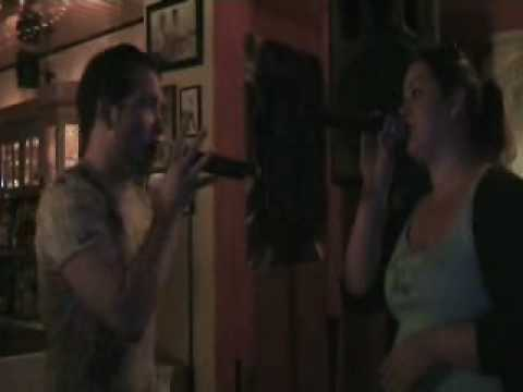 Jessy + Daniel singen Karaoke Vampir-Song Totale Finsternis in Mannheim