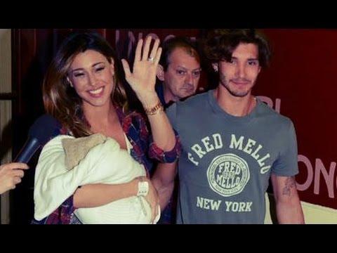Belen e Stefano lasciano l'ospedale: le prime foto di Santiago
