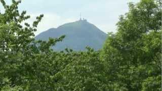 Rando en Auvergne : De Royat au Puy de Dôme, en remontant la rivière Tiretaine. Musique de Bach