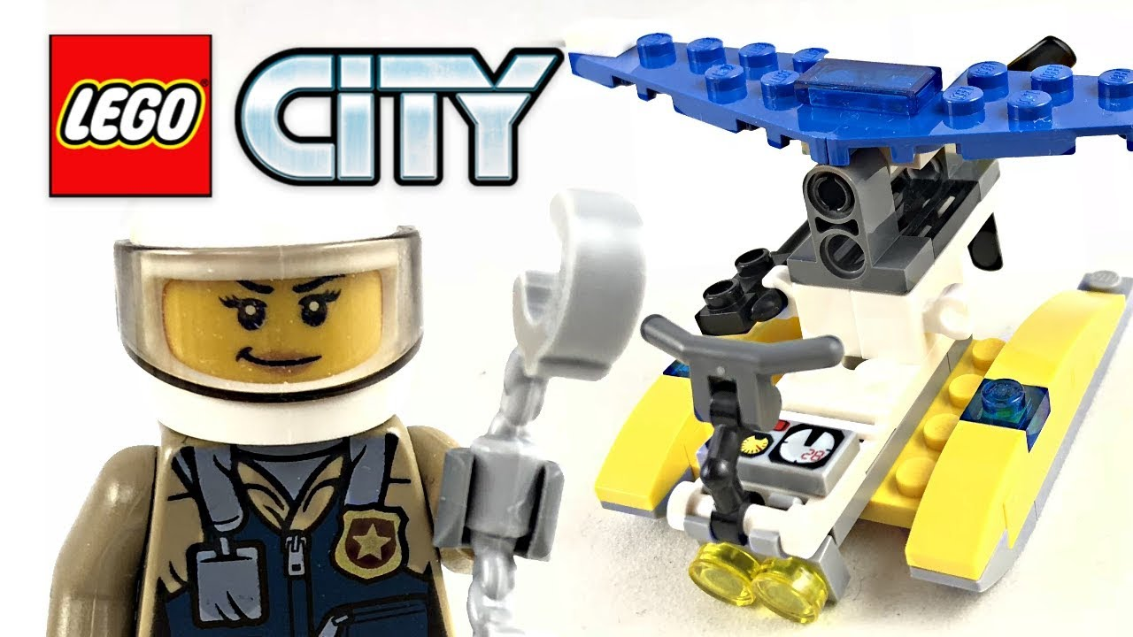 LEGO City Police Water Plane review! 2018 polybag 30359
