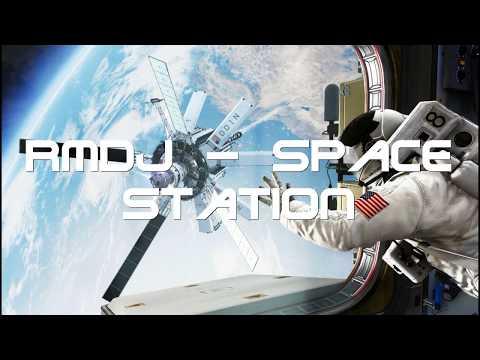 RmDj   Space Station