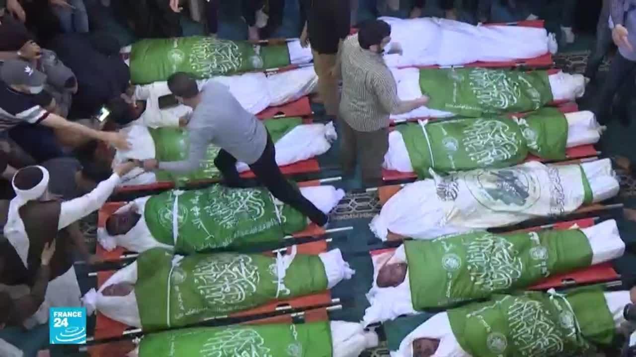 تشييع قادة من كتائب القسام ومرافقيهم قضوا في غارة إسرائيلية على غزة  - نشر قبل 3 ساعة