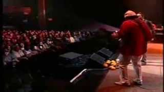 SANTANA - Put Your lights On (Live in New York 2005)