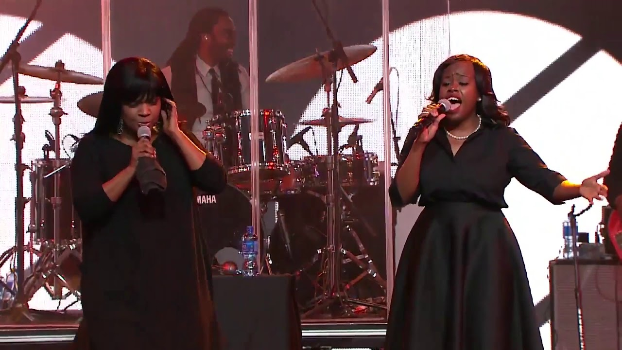 Cece Winans Sings Hey Devil!  - At Love Life Women's Conference