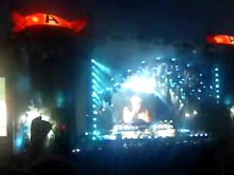 Download 2010 - ACDC - Highway To Hell And For Those About To Rock