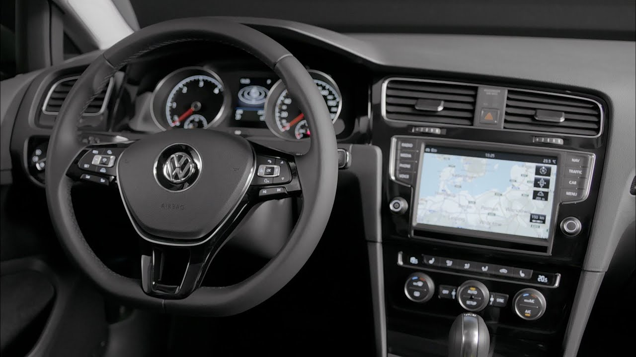 2013 volkswagen golf 7 interior youtube. Black Bedroom Furniture Sets. Home Design Ideas