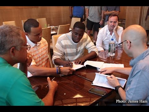 Darren Collison signs with the Sacramento Kings