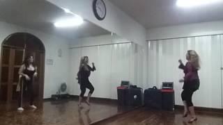 Bailando Carmesi Bachata