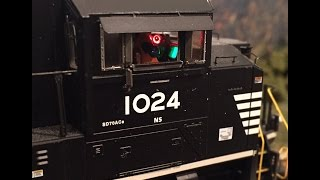 Operating Computer Screens and Gauges Inside Cab of HO Scale SD70ACe
