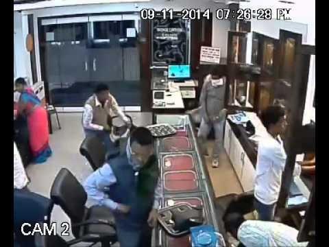 Robbery in Jewellery Store (New Delhi - India)