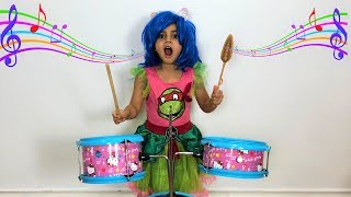 Sally Pretend Play with Musical Instruments Toys for Kids!!