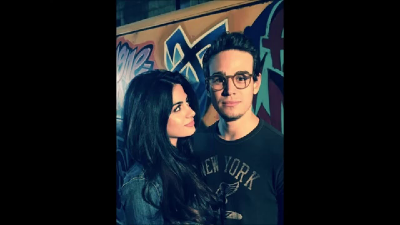 Here is some Sizzy! Woot woot! Why is this so funny? Izzy ... |Isabelle Lightwood And Simon Lewis Fan Art