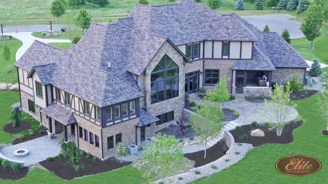 Elite Designer Homes • Sharon Center, Ohio
