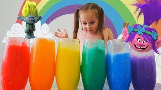 Trolls and Yulya make colored foam and sing songs for kids Educational video