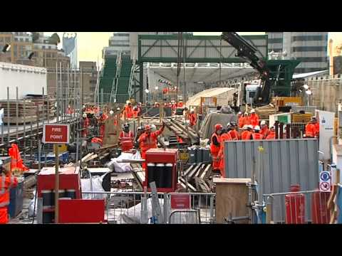 1,400 jobs go at last UK train factory