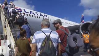 LATAM Premium business class / Easter Island to Santiago de Chile / 787-9 / Flight experience