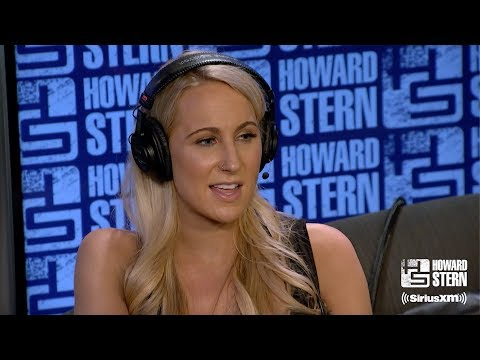 """Nikki Glaser Reveals A Romance She & Bobby Bones Had While On """"Dancing With The Stars"""""""
