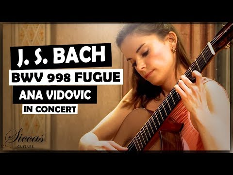 Ana Vidovic plays Fugue BWV 998 by J. S. Bach on a classical guitar – guitare classique - クラシックギター