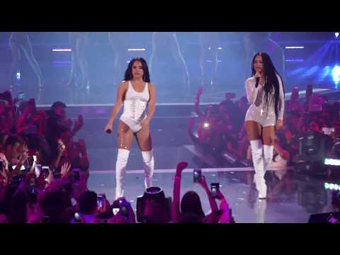 Becky G ft Natti Natasha – Sin Pijama - Premios Juventud 2018 (Detrás de Camaras)