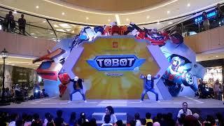 Video First Show in Indonesia Greet & Meet TOBOT X Y Z di Tunjungan Paza Surabaya download MP3, 3GP, MP4, WEBM, AVI, FLV September 2018