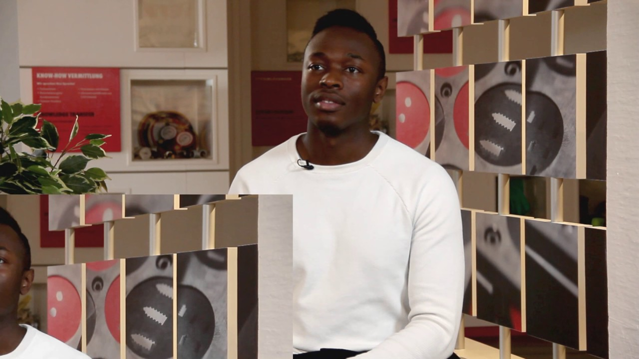 ausbildung zur fachkraft f r lagerlogistik m w youtube. Black Bedroom Furniture Sets. Home Design Ideas