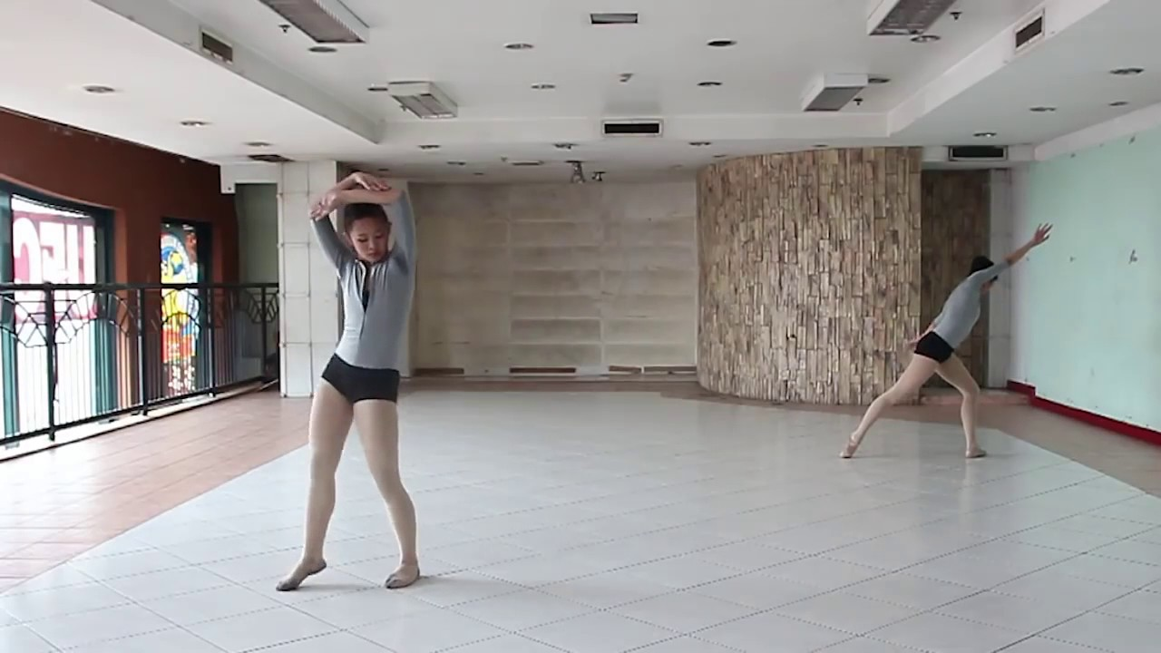 Chandelier dance cover by ballet baguio4 youtube chandelier dance cover by ballet baguio4 arubaitofo Image collections
