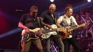 The Wolfe Brothers - Throw Em Back - Live At The Tamworth Golden Guitar Awards 2017